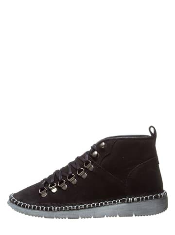 Bata Leren sneakers zwart