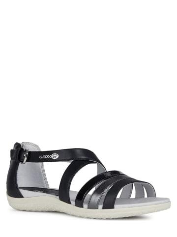 """Geox Sandały """"Vega"""" w kolorze czarnym"""