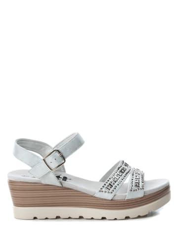 Xti Sandały w kolorze jasnoszarym