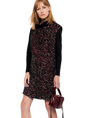 Deni Cler Sukienka w kolorze czarno-bordowym