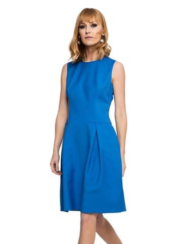 Deni Cler Sukienka w kolorze niebieskim