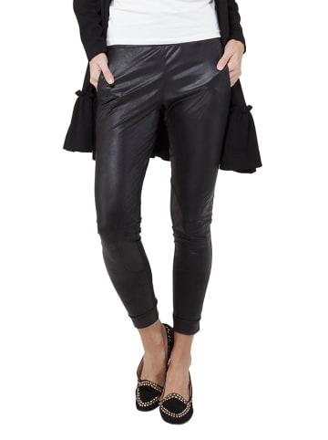 Yuliya Babich Spodnie w kolorze czarnym