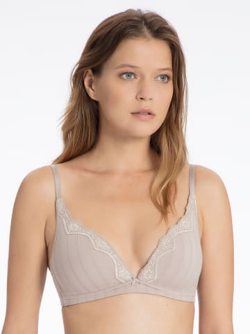 Calida Beugelloze beha nude