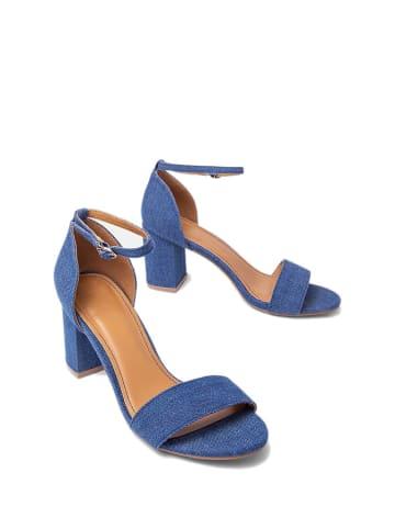 Kazar Sandały w kolorze niebieskim