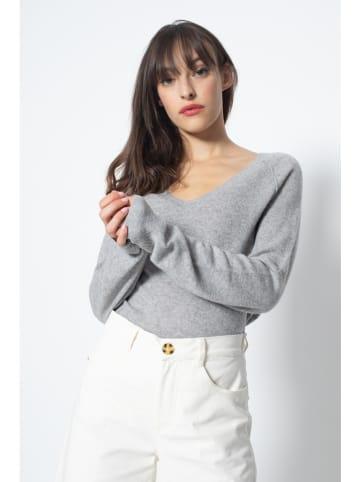AUTHENTIC CASHMERE Kaszmirowy sweter w kolorze jasnoszarym