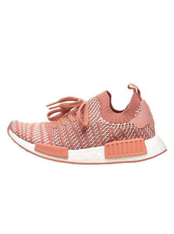 """Adidas Sneakersy """"NMD R1"""" w kolorze jasnoróżowym"""