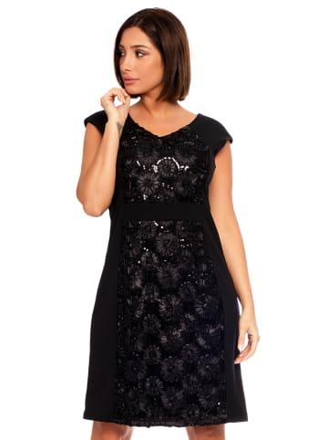 """Plus Size Fashion Sukienka """"Sonia"""" w kolorze czarnym"""