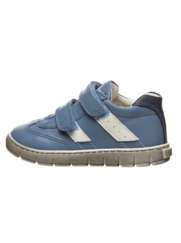 Primigi Skórzane sneakersy w kolorze błękitnym