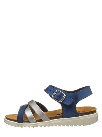 Kmins Sandały w kolorze niebiesko-srebrnym