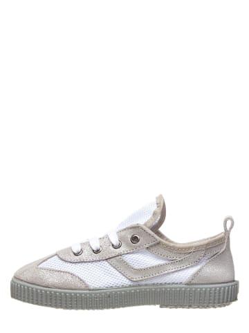 Kmins Sneakers in Grau/ Weiß