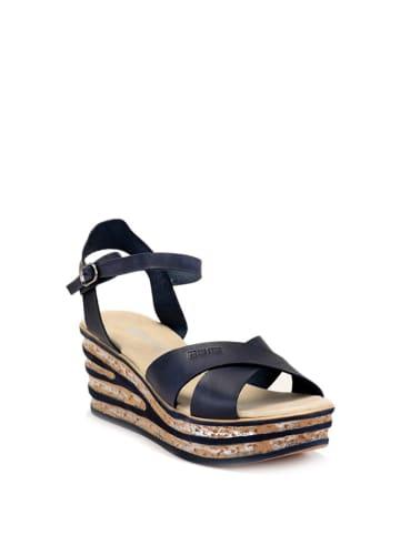 BIG STAR Skórzane sandały w kolorze czarnym