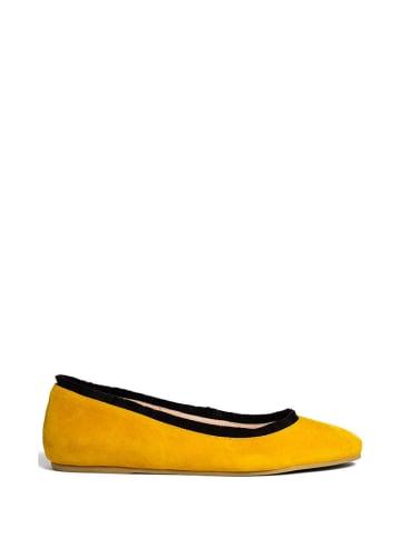 L37 Leren ballerina's geel