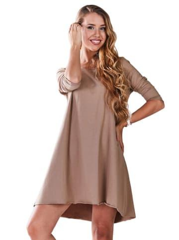INFINITE YOU Sukienka w kolorze beżowym
