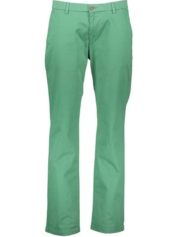Bugatti Spodnie chino w kolorze zielonym