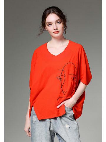 Kobiecy szyk Bluzka w kolorze czerwonym