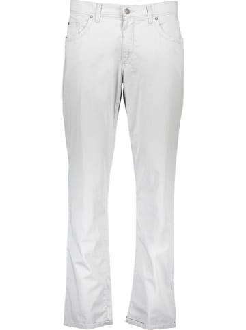 """BRAX Spodnie """"Cadiz U"""" w kolorze białym"""