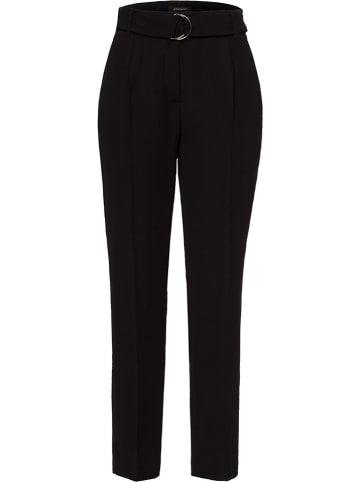 More & More Spodnie w kolorze czarnym