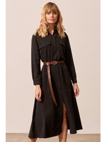 Bynamesakke Sukienka w kolorze czarnym