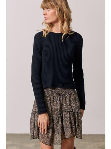 Bynamesakke Sweter w kolorze czarnym