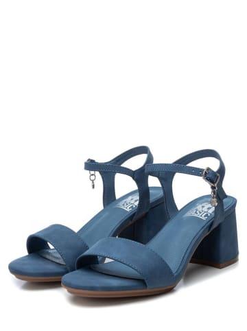 Xti Sandały w kolorze niebieskim
