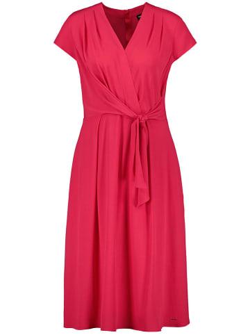TAIFUN Sukienka w kolorze czerwonym