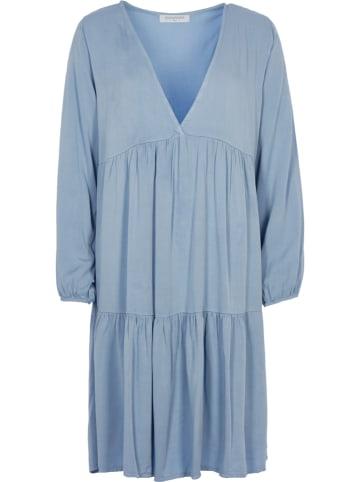 Miss Giovanni Kleid in Blau
