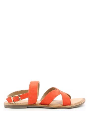 """Kickers Skórzane sandały """"Diba-2"""" w kolorze pomarańczowym"""