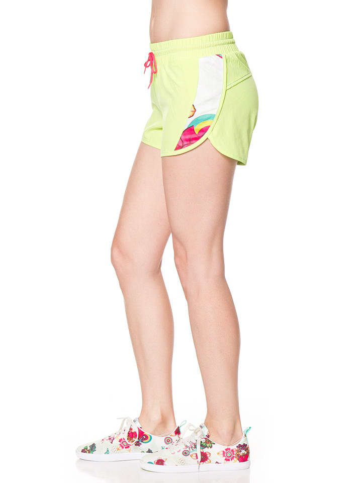 Desigual Sport Shorts in Neongelb