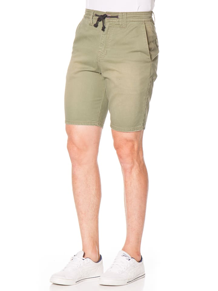 "Billabong Shorts ""Diablo"" in Oliv"