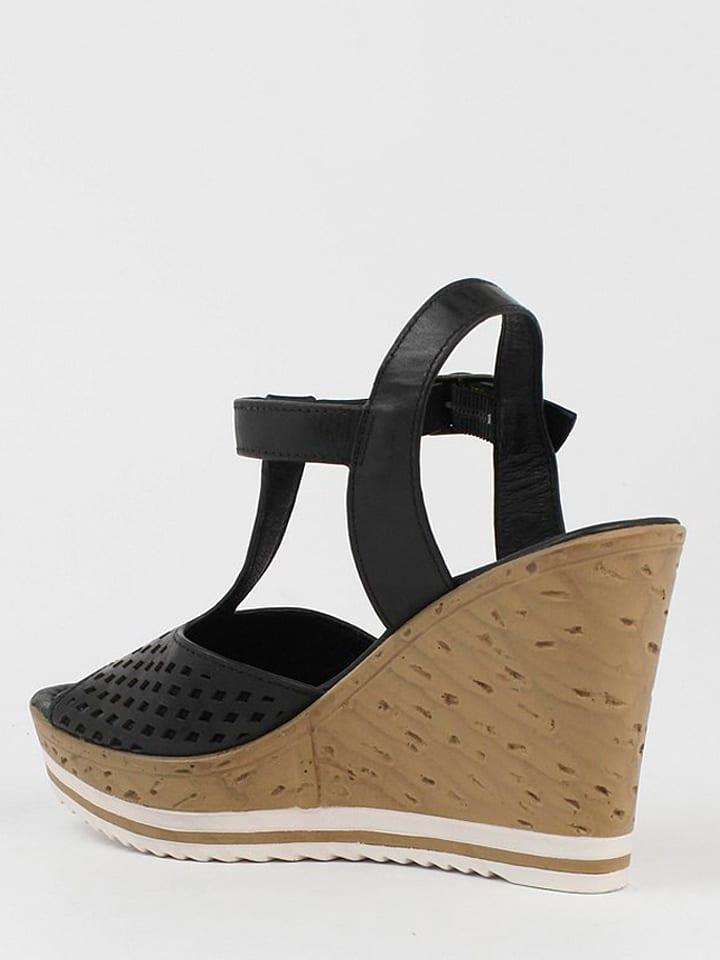CARMELA Leder-Sandaletten in Schwarz