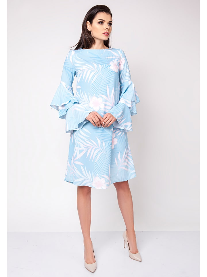Naoko Kleid in Hellblau