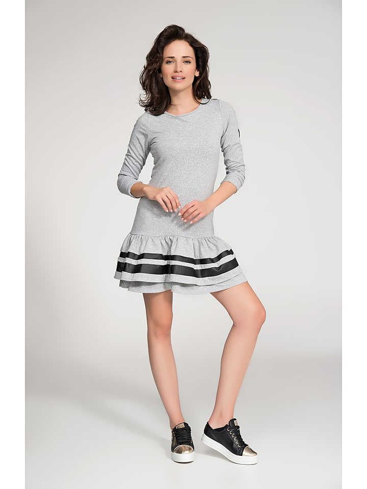 Numinou Kleid in Grau