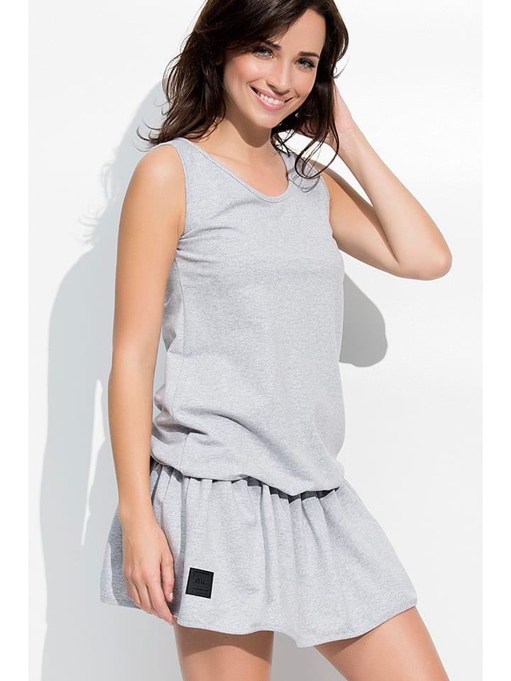 Numinou Kleid in Grau