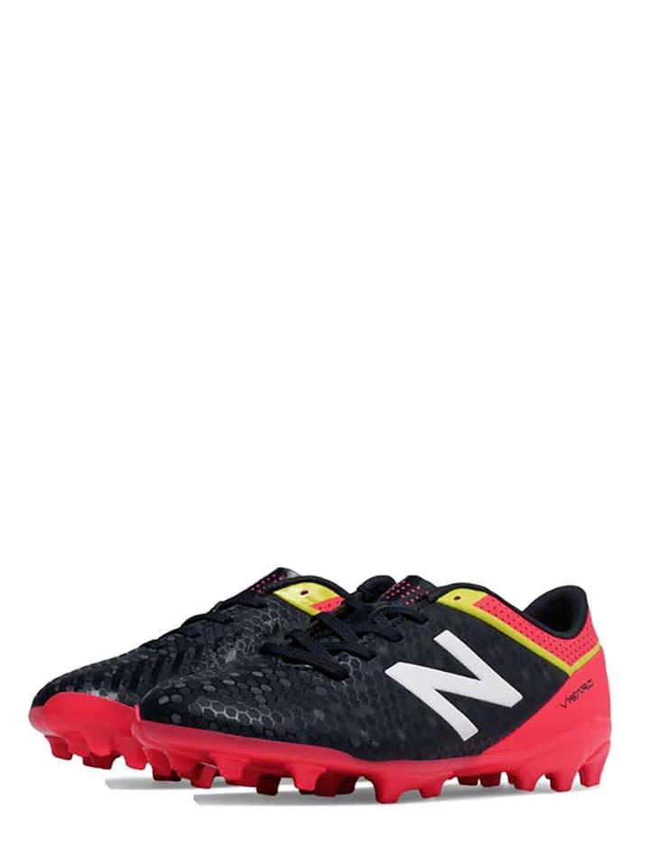 New Balance Nocken-Fußballschuhe in Rot/ Schwarz