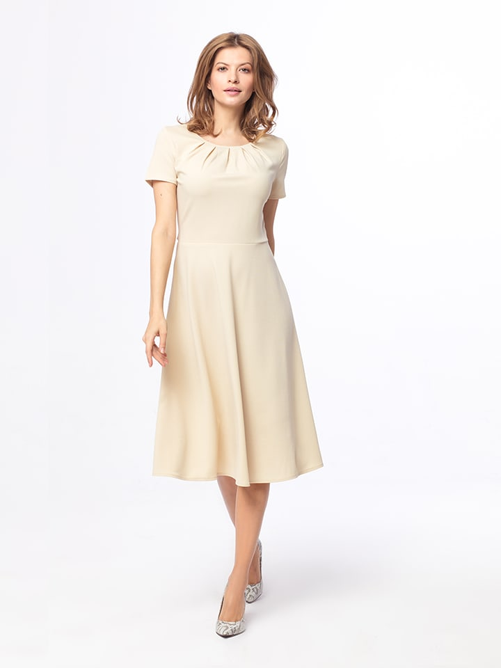 Kabelle Kleid in Beige