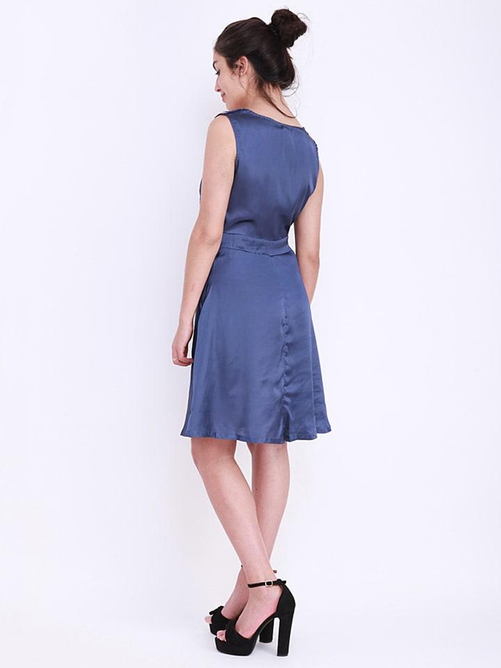 Kushi Kleid in Blau
