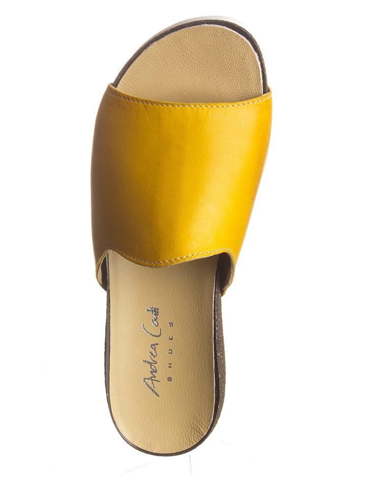 Andrea Conti Leder-Pantoletten in Gelb