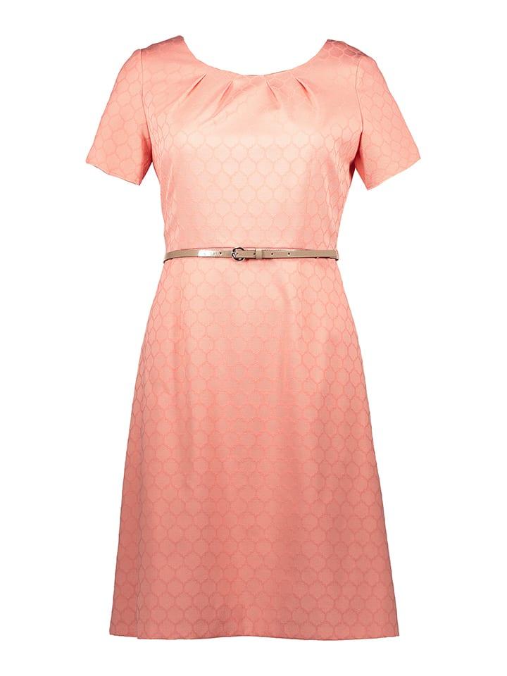 TAIFUN Kleid in Koralle