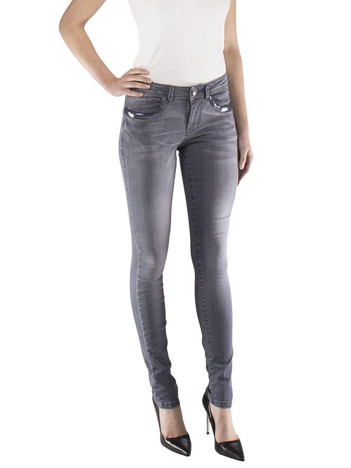 Tramontana Jeans in Grau