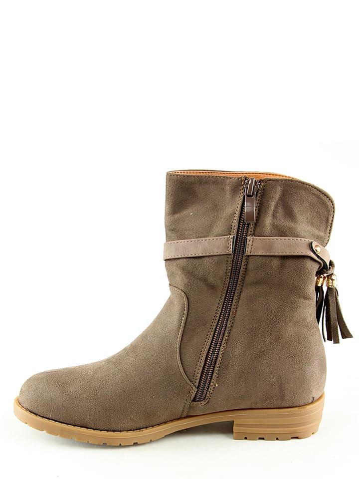 La Bottine Souriante Boots in Taupe