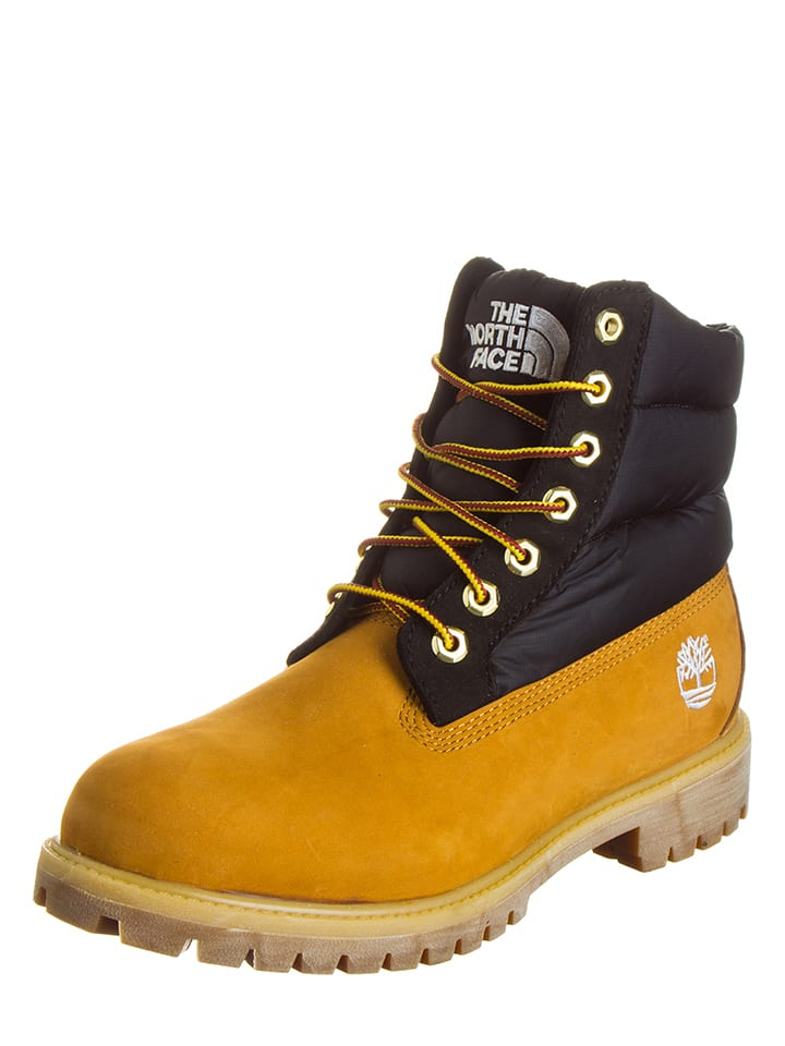 Timberland Boots in Kamel