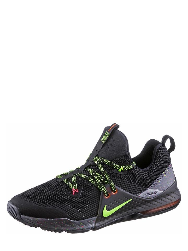 Nike Turnschuhe in Schwarz