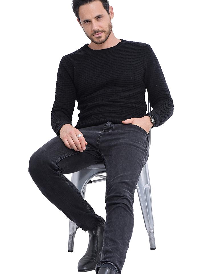 C& Jo Pullover in Schwarz günstig kaufen